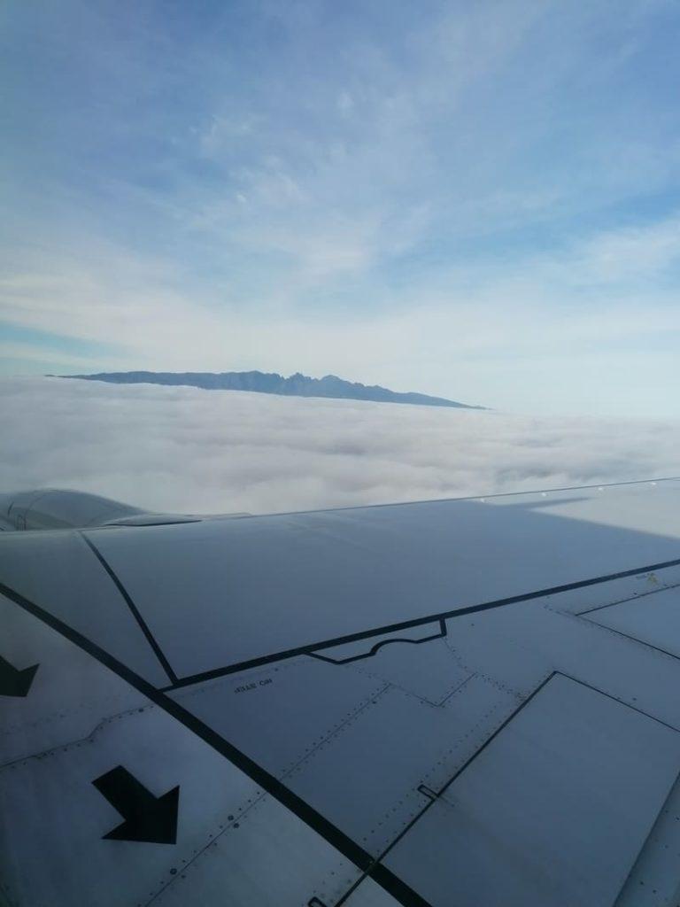 Im Flugzeug nach Madeira